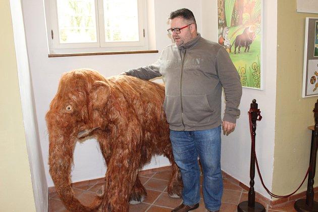 Výstava Jak se rodí večerníčky je ve výstavní síni vpřízemí sokolovského zámku do 28.ledna.