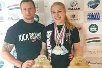 Tereza Cvingerová s trenérem Václavem Kolářem v Maďarsku