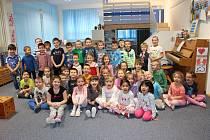 Na zpívání s Deníkem se poctivě připravují i děti z mateřské školy Duhová kulička v Horním Slavkově.