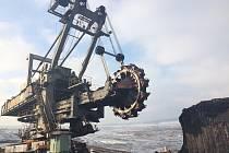 Celkem 6,3 miliardy korun rozdělí Karlovarský kraj na útlum těžby v regionu. Ilustrační foto.