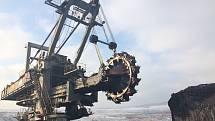 Peníze z EU mají pomoci lidem bez práce i uhelným regionům.