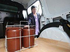 Pečovatelská služba dostane dvě nová auta. Jedno bude využívat pro rozvoz obědů.