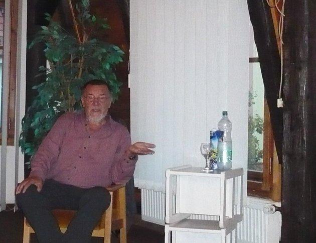 Spisovatel Zdeněk Šmíd.