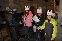 U vstupu do kostela už byli připraveni tři malí králové.