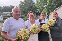 Učitelé odborného výcviku oborů kuchař, číšník a cukrář se už pilně připravují na své žáky a praktické výuky.
