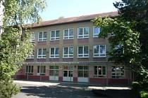 Základní škola Chodov, Školní ulice. Ilustrační foto.