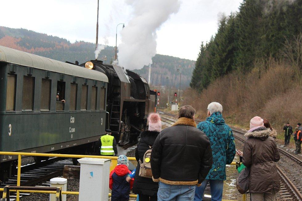 Po pětadvacáté vás doveze parní lokomotiva až do pekla v Hřebenech.