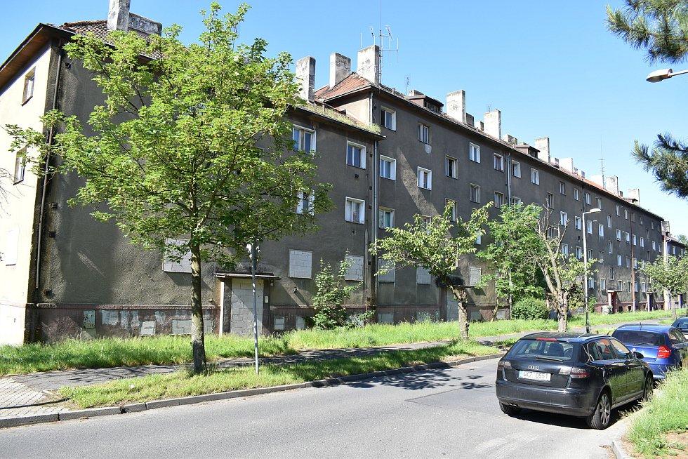 Sokolov zjišťoval v Mostě, jak na problémové nájemníky v soukromých bytech.