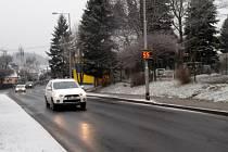 MÍRNÁ zima by neměla být pro řidiče výzvou k neopatrné jízdě, varují policejní preventisté i hydrometeorologický ústav.