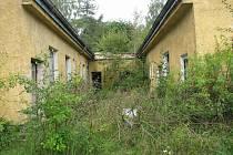 Bývalá kasárna u Černého Mlýna