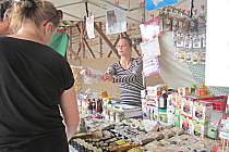 Biodožínky v Ležnici na Sokolovsku nabídly i Regionální potraviny Karlovarského kraje.