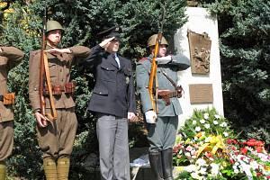 Slavnostní odhalení pomníku v Habartově.