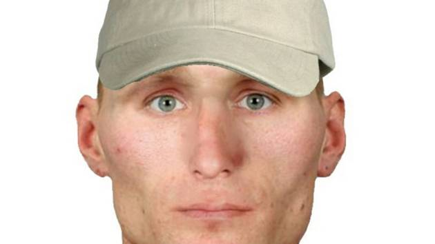 Identikit hledaného muže, který chtěl v Dolním Rychnově vykrást rodinný dům.