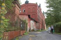 Z bývalé továrny v Lipové ulici v Kraslicích vznikne třídírna odpadu. Vybudují ji tam technické služby. Památkově chráněný objekt zdevastovali zloději kovů.