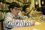 Letošní nocování v knihovně v rámci Noci s Andersenem si užívaly i děti v Lokti a Chodově.