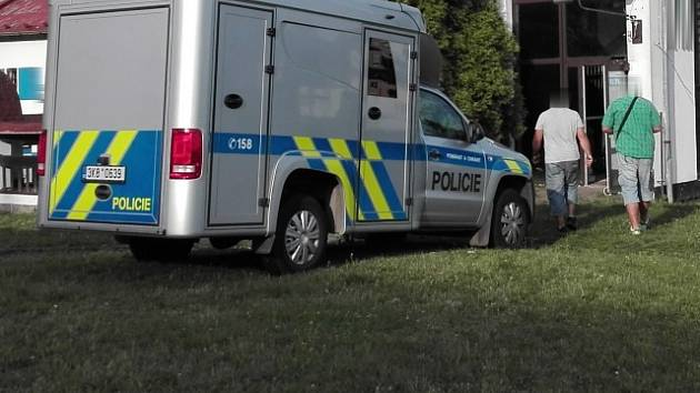 K činu došlo v sobotu v noci na jedné z ubytoven v Chodově.