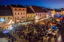 Sokolov zahájí advent tradičně na Starém náměstí.