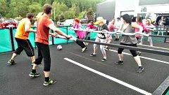NADŠENCI vyrobili v Kraslicích hřiště pro živý stolní fotbal. Má za sebou první zkoušku.
