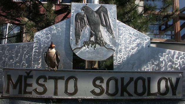 Sokolov bojuje o své miliony a  navrhuje  svolání valné hromady firmy Via Chem Group, a.s.