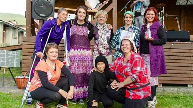 Dobrovolníci z Nadačního fondu Ještěřice.