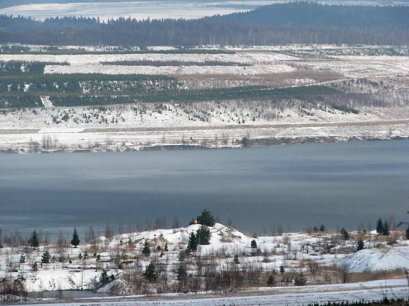 Pohled na hladinu Medardu v zimě.