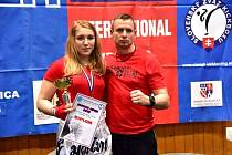 Tereza Cvingerova na Slavak Open s trenérem Václavem Kolařem