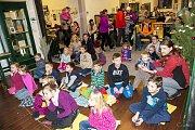 Pro děti byl připraven bohatý zábavný program, včetně divadelních představení.