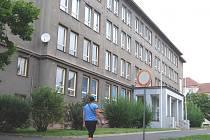 Budova bývalé školy v Sokolovské ulici