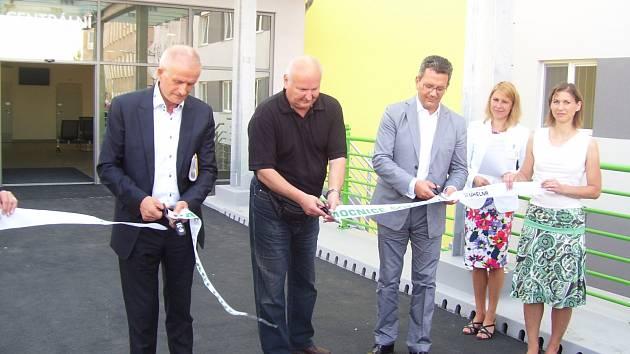 Slavnostní otevření parkovacího domu v sokolovské nemocnici