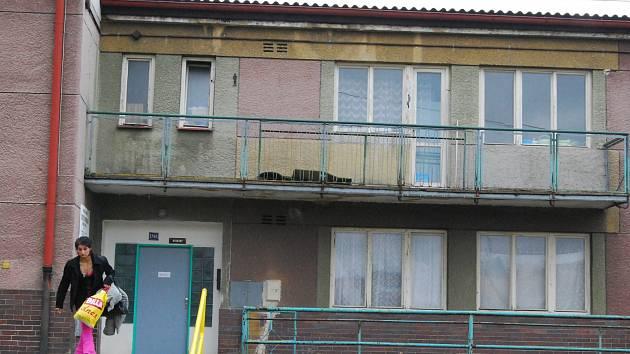Stará ubytovna v areálu sokolovského Baníku