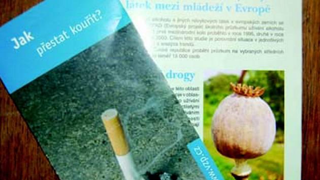 Letáky a brožury týkající se drogové problematiky
