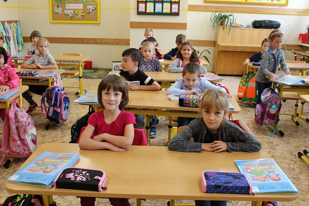 Třída 1.B. ze SŠ, ZŠ a MŠ Havlíčkova vKraslicích střídní učitelkou Ivanou Svobodovou a asistentkou Darinou Dusíkovou.