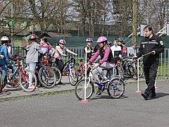 Městská policie v Chodově se v rámci prevence věnuje například i dopravní výchově školní mládeže.