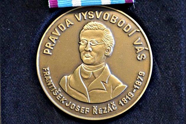 Ocenění Bohuslava Zámečníka.