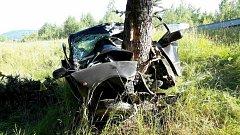 Tragická nehoda: Na silnici z Lomnice na Kraslice zemřel člověk.
