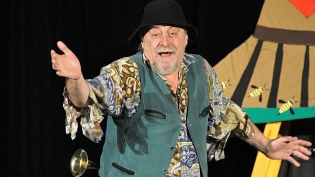 Divadelní soubor Trosky Kraslice představil novou pohádku.