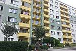 Nízkonákladové byty v Sokolově budou mít jednotnou výši nájemného. Na snímku dům na Vítězné.