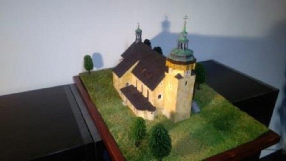 Kostel sv. Jiří - dar pro prezidenta Miloše Zemana. Foto: repro Dení