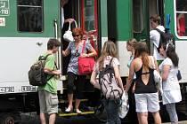 Dnes byli cestující v Sokolově ochuzeni akorát o dva rychlíkové spoje – z Chebu do Ústí nad Labem a zpět. Osobní vlaky ale jezdily bez omezení.