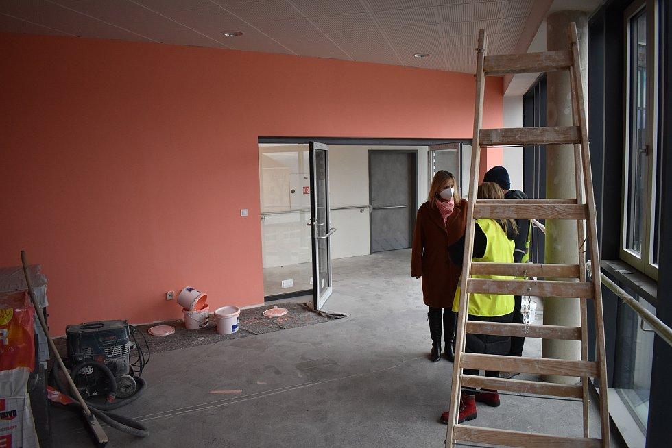 Stavba domova pro seniory finišuje. Bude v něm i kaple