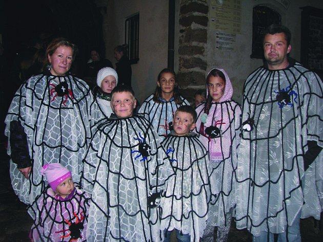 Rej strašidel v Lokti se těšil velké oblibě.