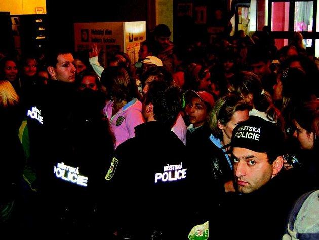 Drdu hlídala policie