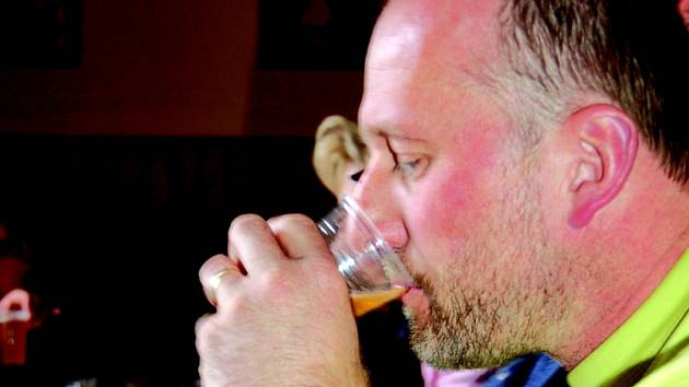 V Lomnici ochutnávali vybraní degustátoři regionální piva
