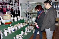 KERAMICI z Chodova zahájili ojedinělou  výstavu Bílé zlato v Německu.