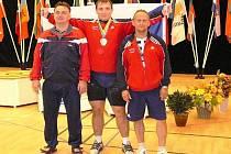Jiří Orság (uprostřed) spolu s trenéry Petrem Teplíčkem a Pavlem Ivaničem