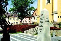 Nový památník odhalili v Kynšperku v rámci oslav dne osvobození