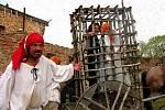 Pálení čarodějnic v Josefově je každoročně vyhledávanou akcí.