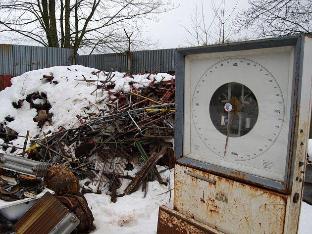 Jedna z výkupen sběrného odpadu na Sokolovsku