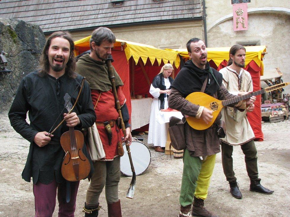 Středověké slavnosti v Lokti.