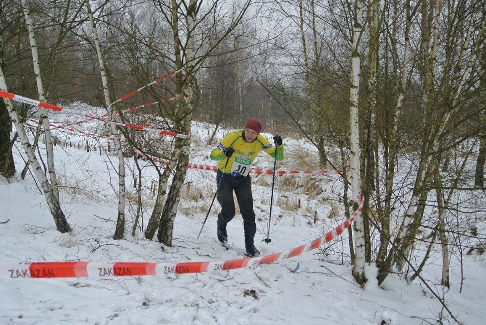 RECESISTICKÝ běžkařský závod se opět setkal s úspěchem. Na start se postavila řada odvážlivců.